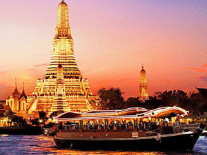 Dining Cruise / Floating Restaurant