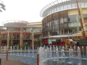 人気のあるショッピング・センター